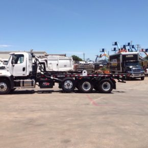 1634319112-290x290 2017 Freightliner 114SD with 60K Lb Galbreath U5-OR-174